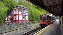 Metropolitan Line - Chesham to Aldgate (sm).jpg